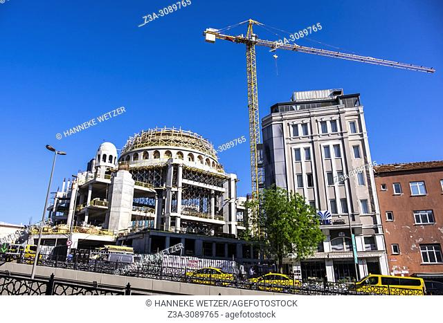 The construction of a giant mosque in the heart of Istanbul, in the historic Taksim square, is close to completion, as 85 percent of the structure has already...