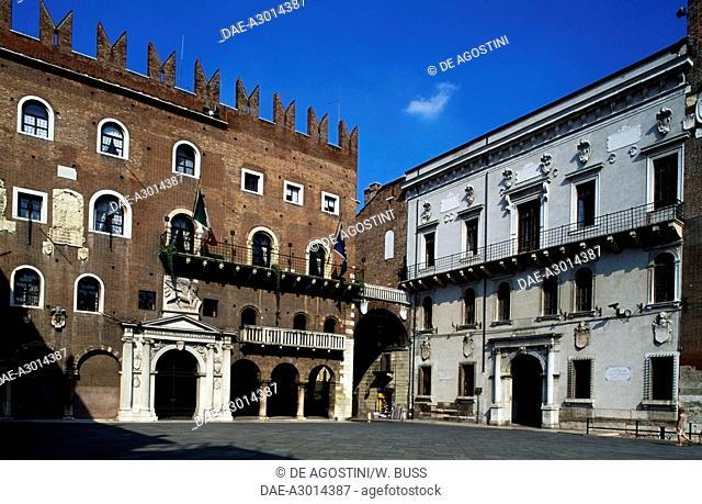 Cangrande's Palace or Palazzo del Governo (Government) and Cansignorio Palace, Piazza dei Signori, Verona (UNESCO World Heritage List, 2000), Veneto, Italy