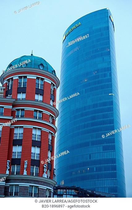 Doña Casilda Park, Iberdrola Tower, Bilbao, Bizkaia, Basque Country, Spain