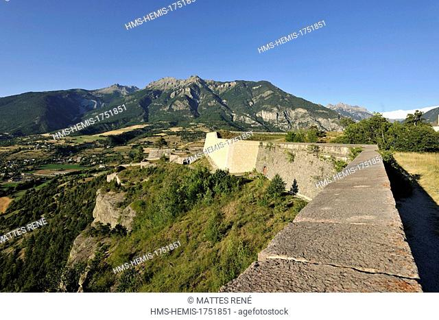 France, Hautes Alpes, Mont Dauphin, fortified village built by Vauban listed as World Heritage by UNESCO
