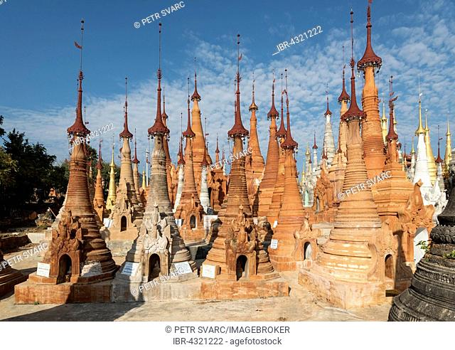 Stupas of Shwe Inn Thein Paya, pagoda complex, Inthein, Indein, near Inle Lake in Shan State, Myanmar