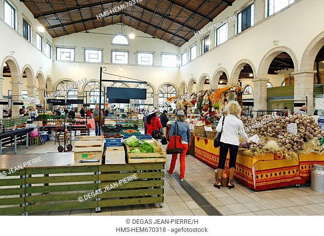 France, Meuse, Verdun, covered market of the 19th century on the site of the former Augustinian convent