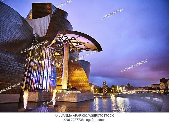Guggenheim Museum at Evening, Bilbao, Biscay, Basque Country, Spain, Europe