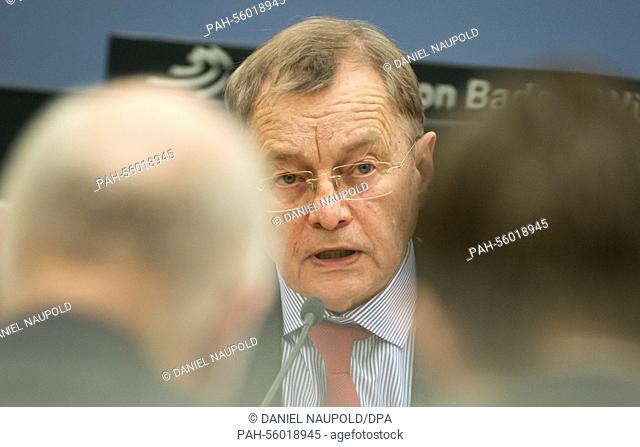 Political scientist Hans Joachim Funke speaks as a witness in front of the inquiry committee 'Right Wing Terrorism/NSU BW' in Stuttgart, Germany