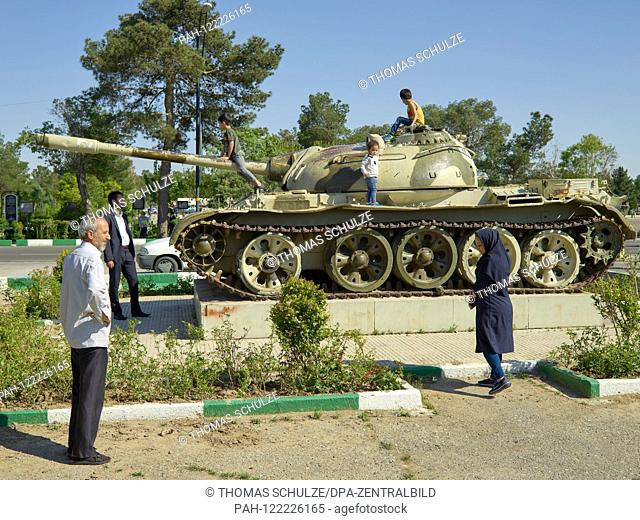 "20 April 2017, Iran, Tehran: A tank monument at the cemetery Behehst-e Zahra (""""Paradise of Zahra"""") near the Khomeini mausoleum in the south of Iranian capital..."