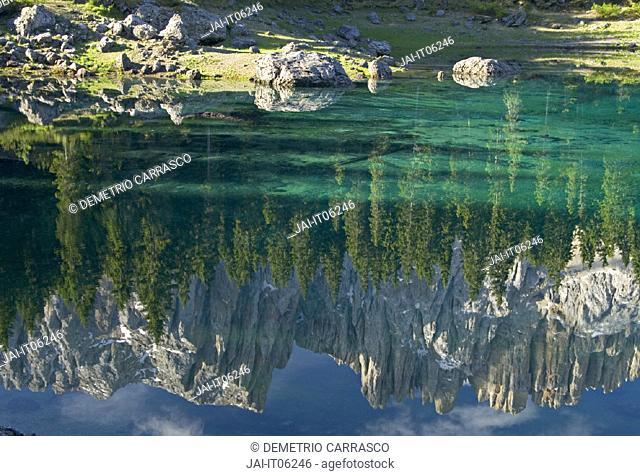 Karersee (Lago di Carezza), Dolomites, Trentino-Alto Adige, Italy
