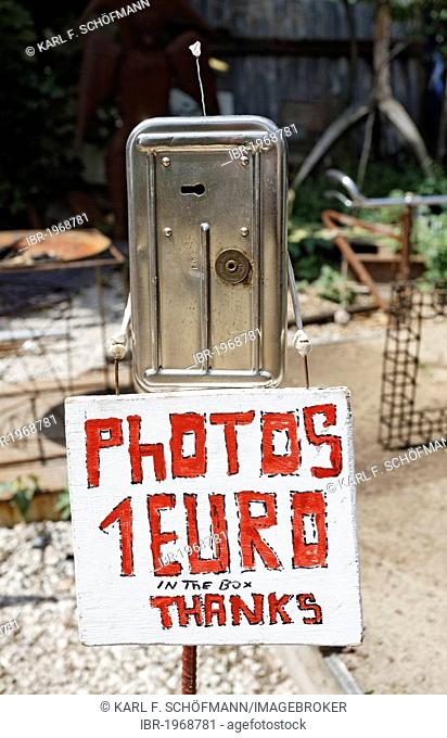 Photo fee for taking pictures, 1 Euro, sign on a cash box, Kunsthaus Tacheles, Mitte quarter, Berlin, Germany, Europe