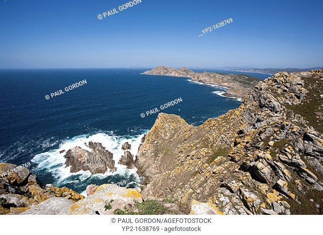 Illa do Faro looking north towards Monteagudo - Atlantic Islands of Galicia National Park, Pontevedra Provence, Galicia, Spain
