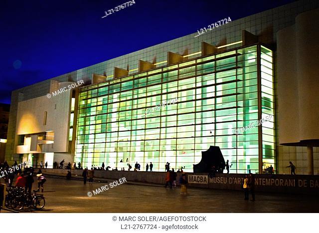 MACBA, Barcelona Museum of Contemporary Art by Richard Meier 1991-95. Plaça dels Àngels, Barcelona, Catalonia, Spain