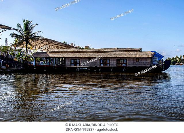 Houseboat backwaters, alleppey, kerala, india, asia