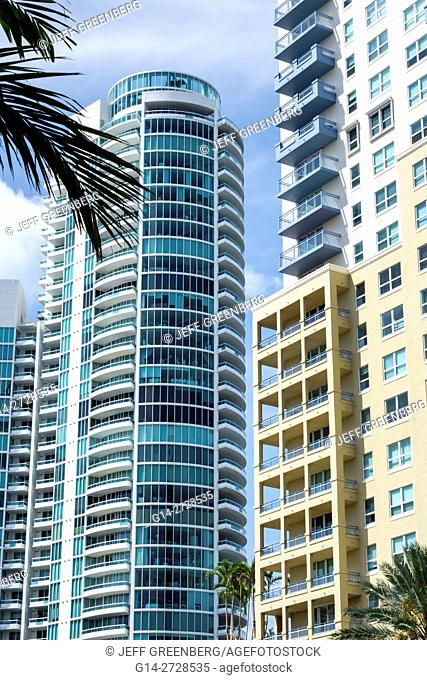 Florida, Miami Beach, South Beach, SOFI, South of Fifth, neighborhood, skyscraper, highrise, high-rise, building, condominium, luxury, Murano at Portofino