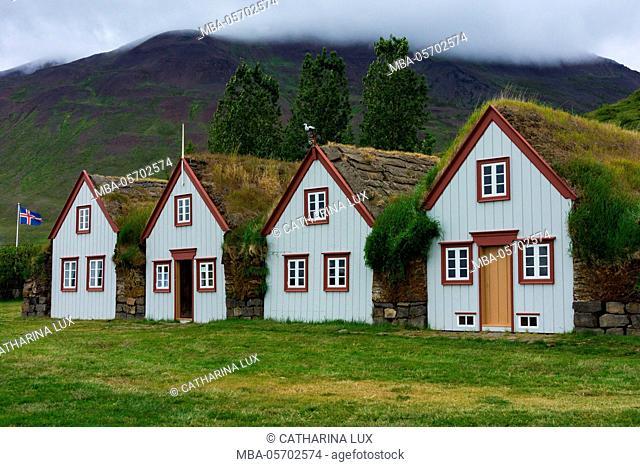 Turf house Laufas