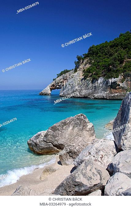 Rock gate and beach in the Cala Goloritze, Golfo di Orosei, East sardinia, Sardinia, Italy, Europe