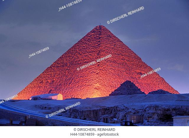 Licht und Ton Show an den Pyramiden von Gizeh, Kairo, Aegypten, Light and Sound Show at Pyramids of Giza, Cairo, Egypt