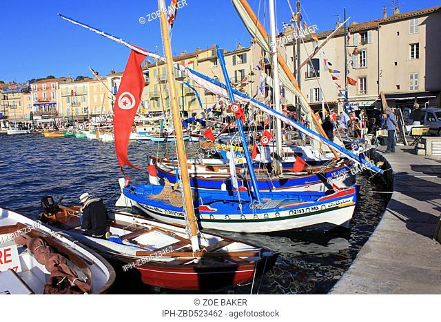 France ,Cote D'Azur, ,St Tropez, The busy and colourful harbour. Zoe Baker