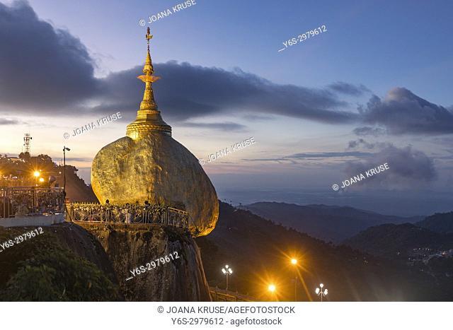 Kyaiktiyo Pagoda, Golden Rock, Myanmar, Asia