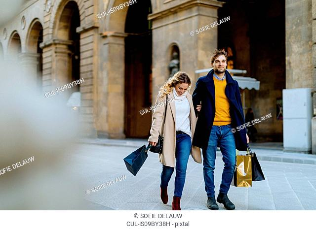 Couple on shopping spree, Firenze, Toscana, Italy