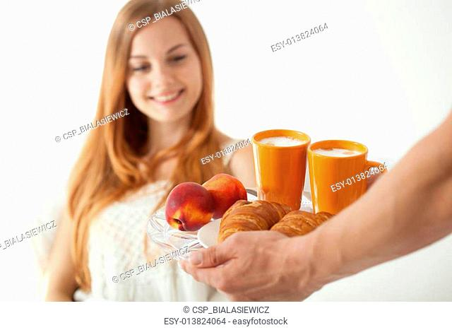 Man made breakfast for woman