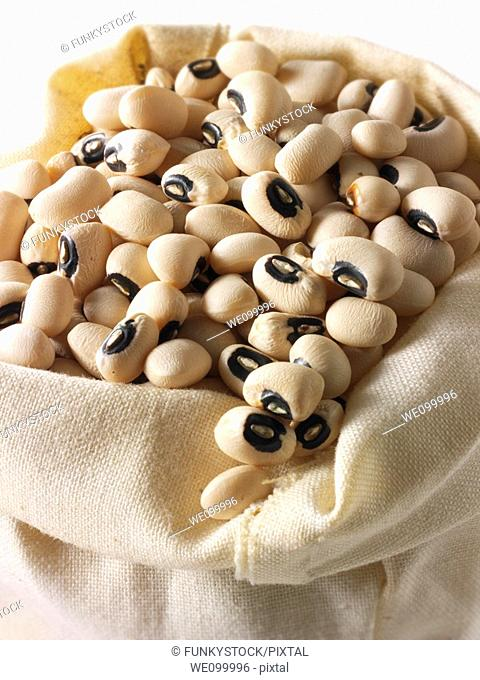 Organic Black Eyed Beans