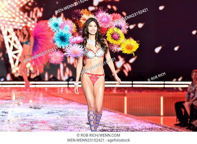 Models walk the 2015 Victoria Secret Show in NYC Featuring: Lily Aldridge Where: Manhattan, New York, United States When: 11 Nov 2015 Credit: Rob Rich/WENN