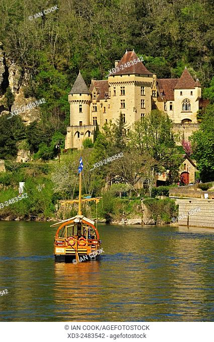 Dordogne River at La Roque Gageac, Dordogne Department, Aquitaine, France