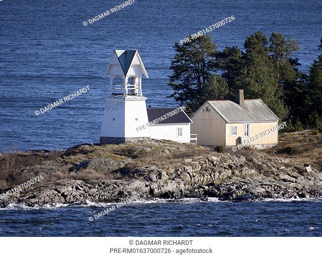 Søndre Langåra tåkeklokke (fog bell), Oslofjord, Norway / Søndre Langåra tåkeklokke (Nebelglocke), Oslofjord, Norwegen