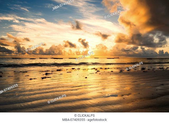East Africa, Tanzania, Zanzibar, sunrise on Kiwengwa beach