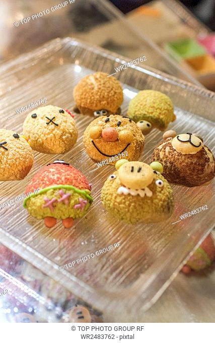Hansi Night Market Animal style puff