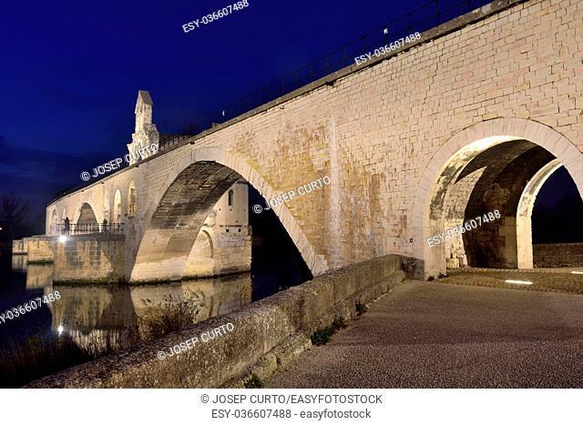 Night on the bridge of Saint Benezet, Avignon, France