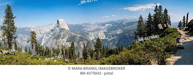 View from the trail to Glacier Point to Yosemite Valley with Half Dome, Yosemite National Park, California, USA