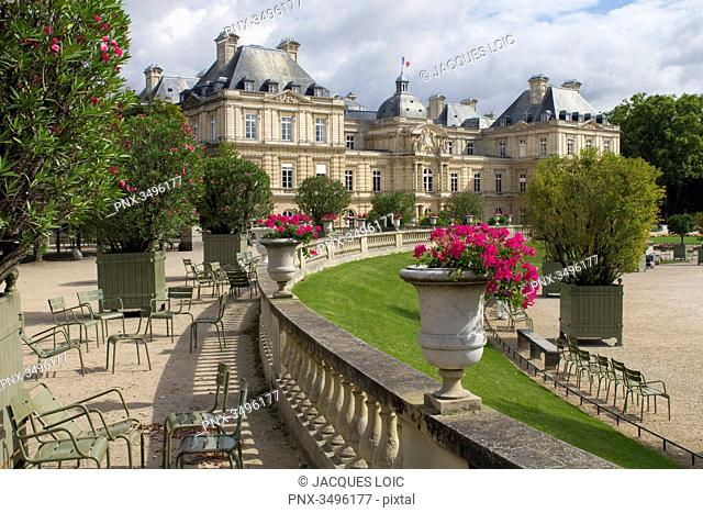 France, Paris, 6th district, Luxembourg Gardens, Palace du Luxembourg, the Senate
