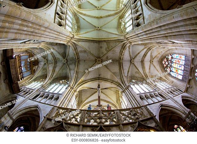 interior of basilica Notre-Dame-de-l'Eoine, L''Epine, Champagne, France