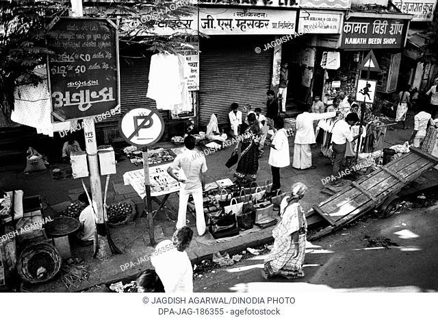 Pavement street vendors Mumbai Maharashtra India Asia 1989