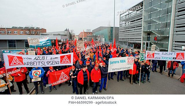 Protesting job losses Stock Photos and Images | age fotostock