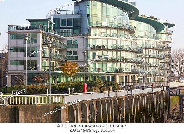 Luxury glass fronted curved Thameside apartments, east London, England, Europe