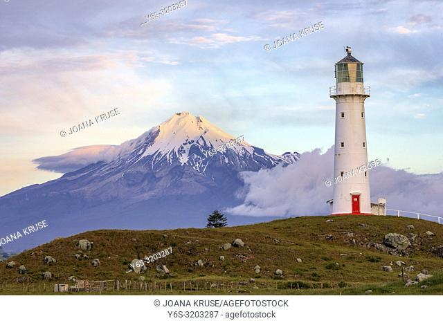 Mount Taranaki, Cape Egmont Lighthouse, New Plymouth, North Island, New Zealand