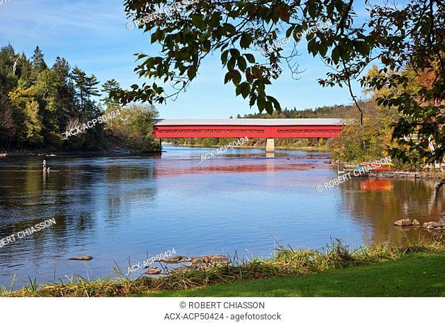 Wakefield covered bridge, Gatineau River, Wakefield, Quebec, Canada