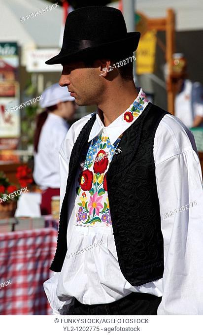 People in regional dress from Kalocsa, Dél Alfodi Régio South Alfoldi  Kalocsa - Hungarian Regional Gastronomic Festival 2009 - Gyor  Gyor  Hungary