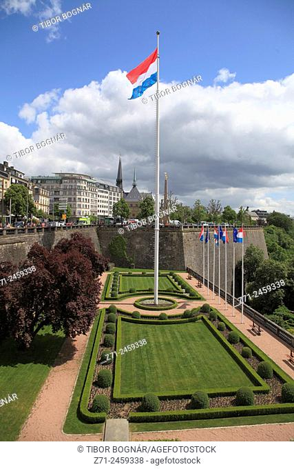 Luxembourg, Luxembourg City, flag, park, garden