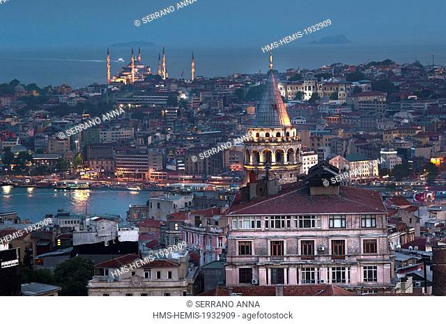 Turkey, Istanbul, historical centre listed as World Heritage by UNESCO, view on the Golden Horn and Sultanahamet District with the Blue Mosque