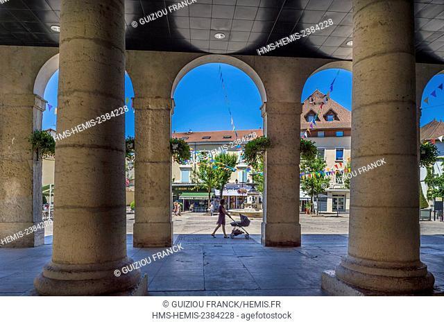 France, Isere, La Tour du Pin, Antonin Dubost square