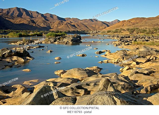 Valley od the Orange River in the Richtersveld Transfrontier National Park, view across the river to Namibia, South Africa