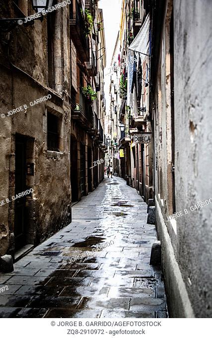 Old streets of Barrio Gotico , Barcelona, Spain