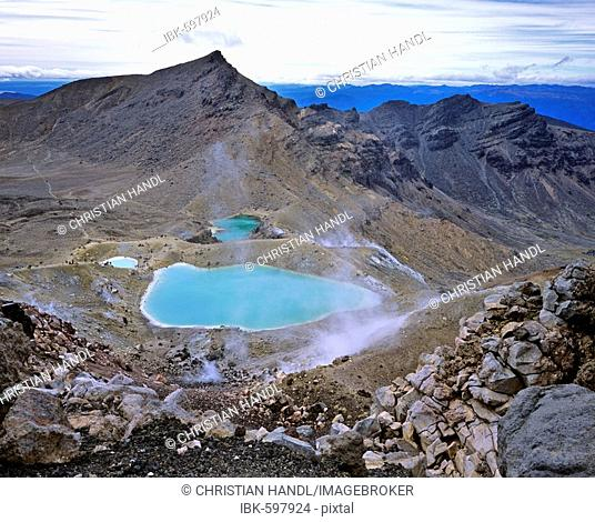 Emerald lakes, Tongariro Crossing, Tongariro National Park, North Island, New Zealand, Oceania