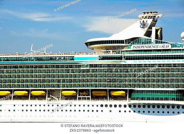Independence of the Seas cruise ship - Vigo, Galicia, Spain