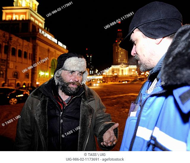 Social Service Workers Help Homeless People In Moscow