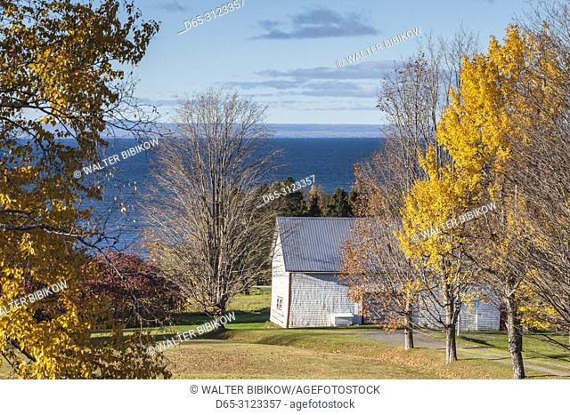 Canada, Quebec, Gaspe Peninsula, Careys Hill, elevated landscape with barn by the Baie des Chaleurs, autumn