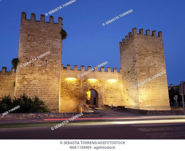 Porta de Mallorca, Alcudia's walls at dusk, Majorca, Spain