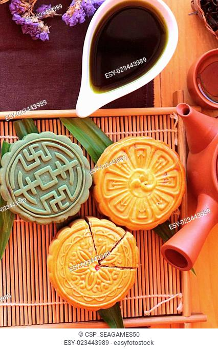 Festival moon cake and tea - china dessert delicious
