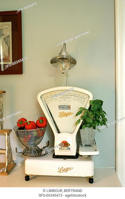 A old pair of kitchen scales